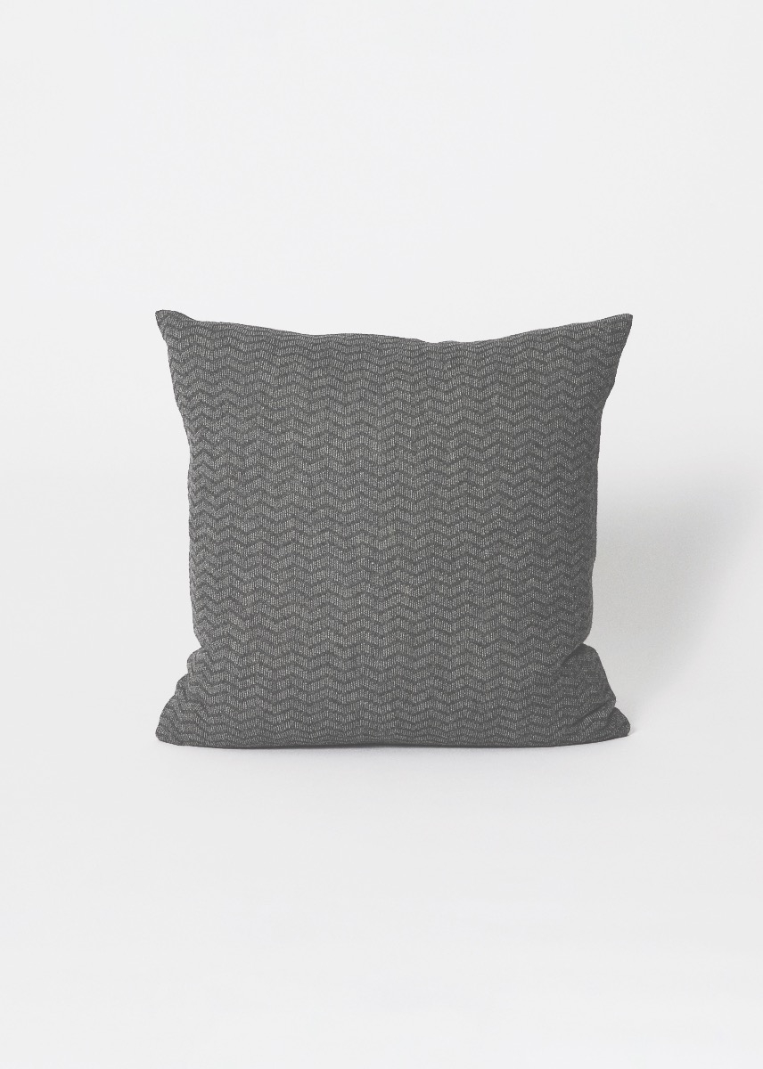 Cushions - Zigzag Pillow (50x50) Thumbnail