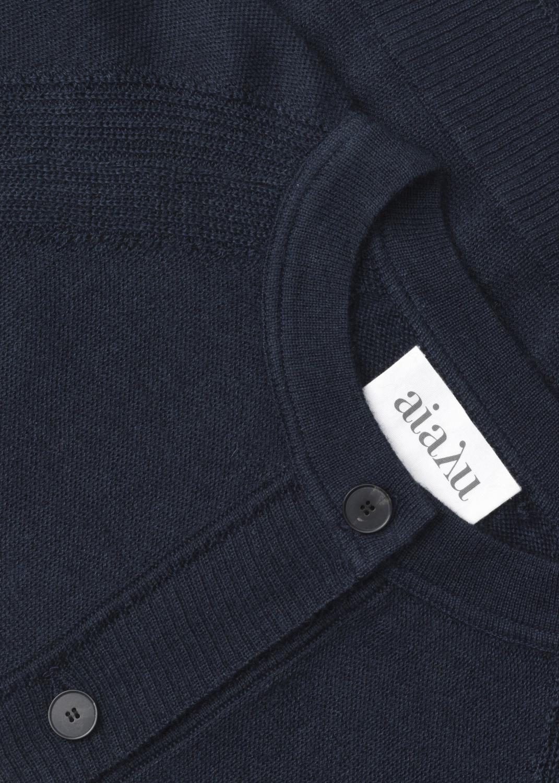 Knitwear - Brave cardigan Thumbnail