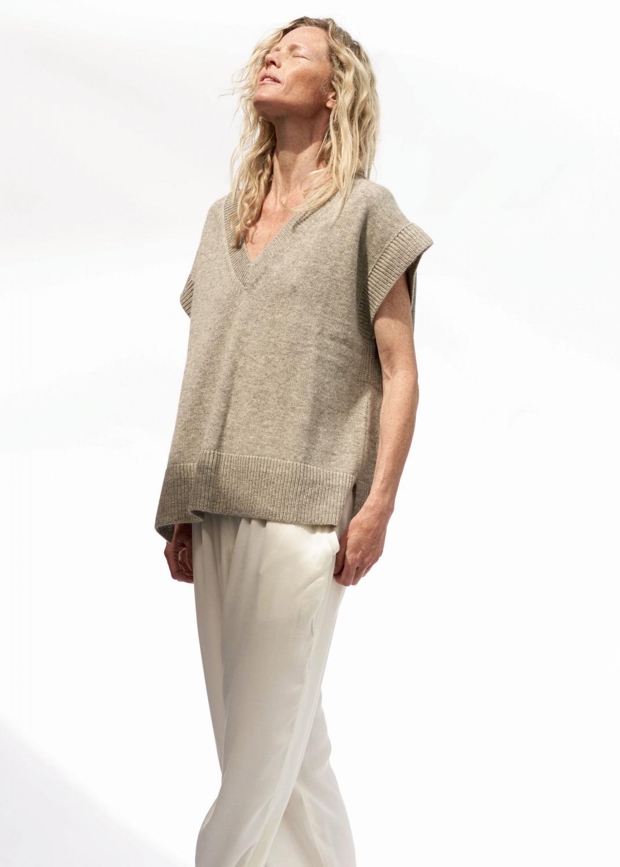 Strickwaren - Foxglove Vest Thumbnail