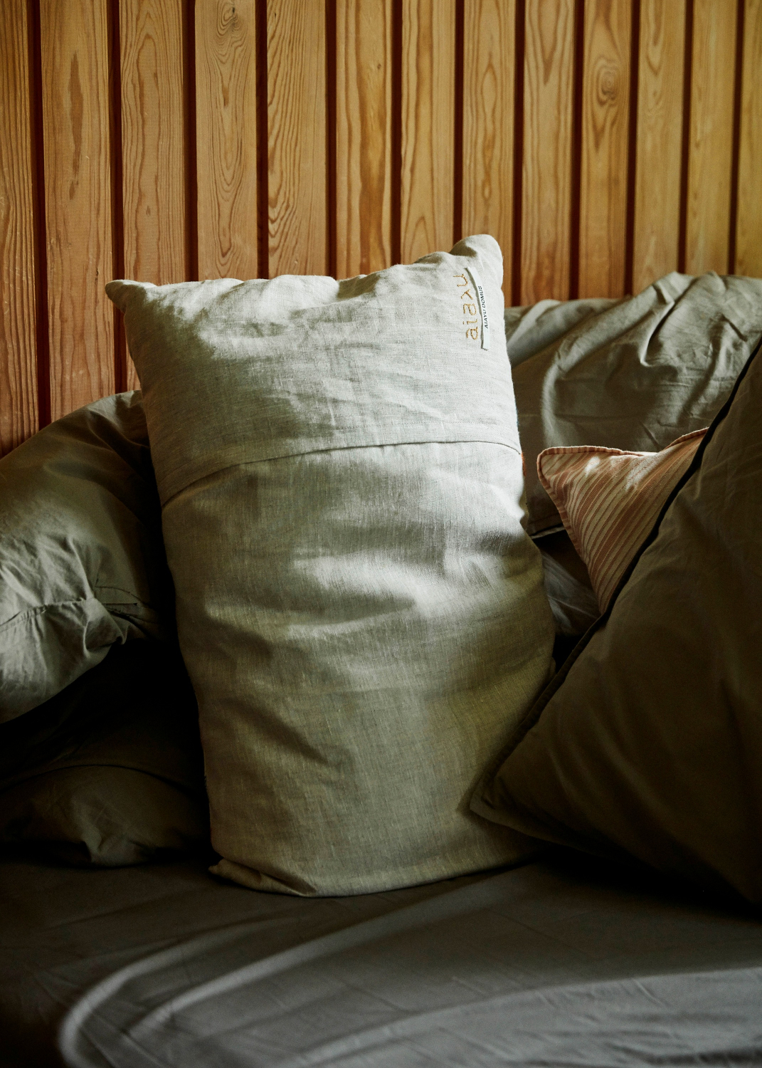 Cushions - Gabriel pillow (40x60)