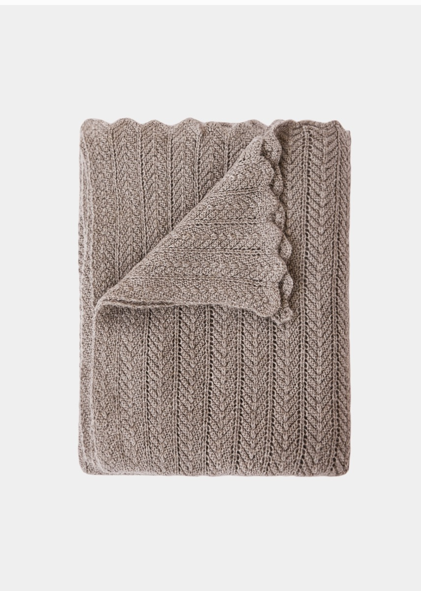 Throws - Hollie Bedspread (250x250)