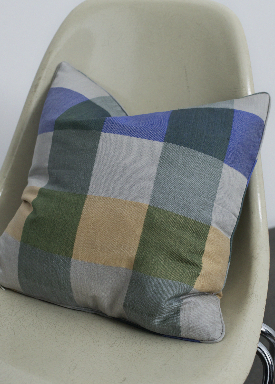 Cushions - Petra Silk Pillow
