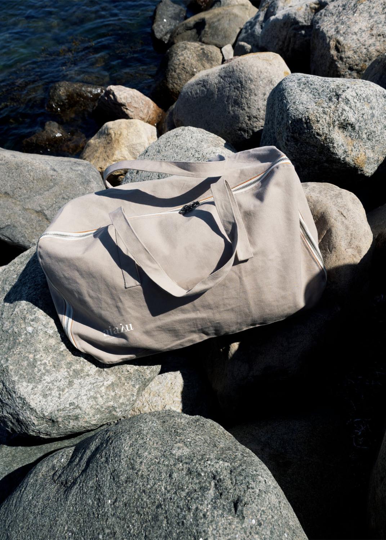 Clutches & Bags - Travel Bag Canvas Thumbnail